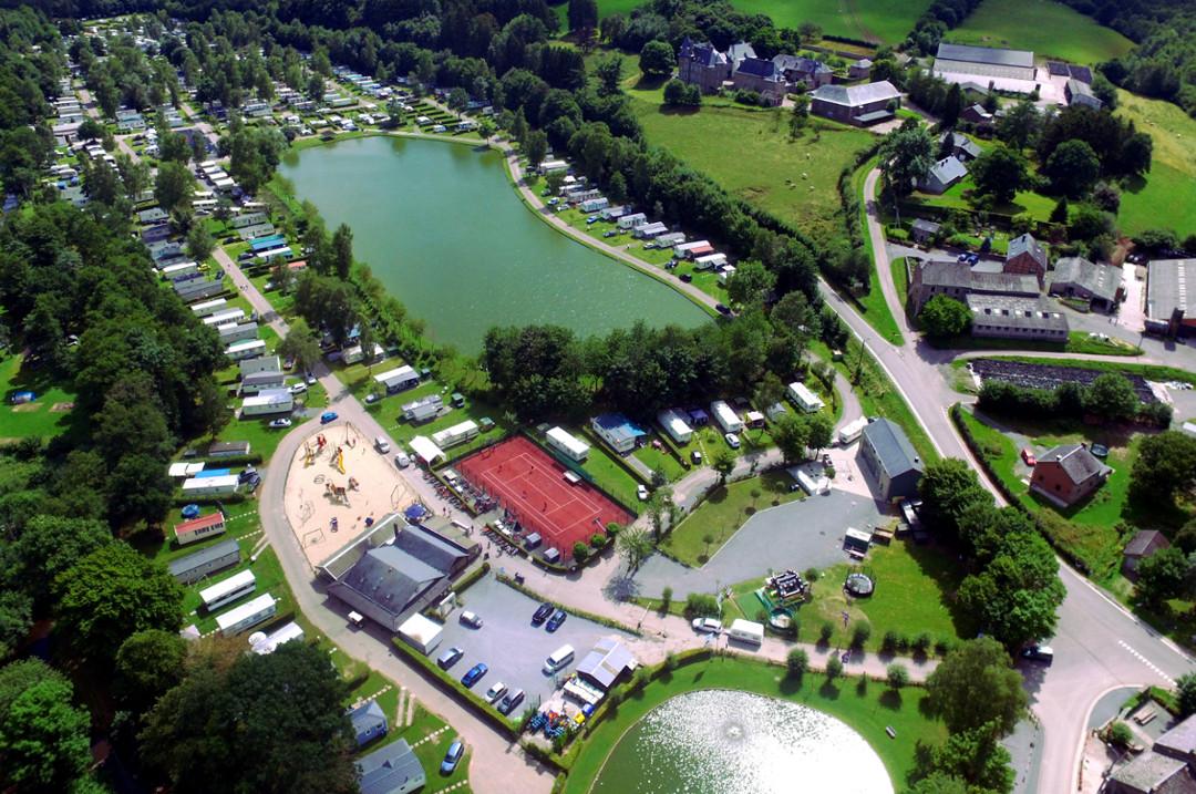 De camping en de belgische Ardennen in videos
