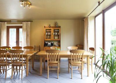 gite-ardenne-belge-salle-a-manger