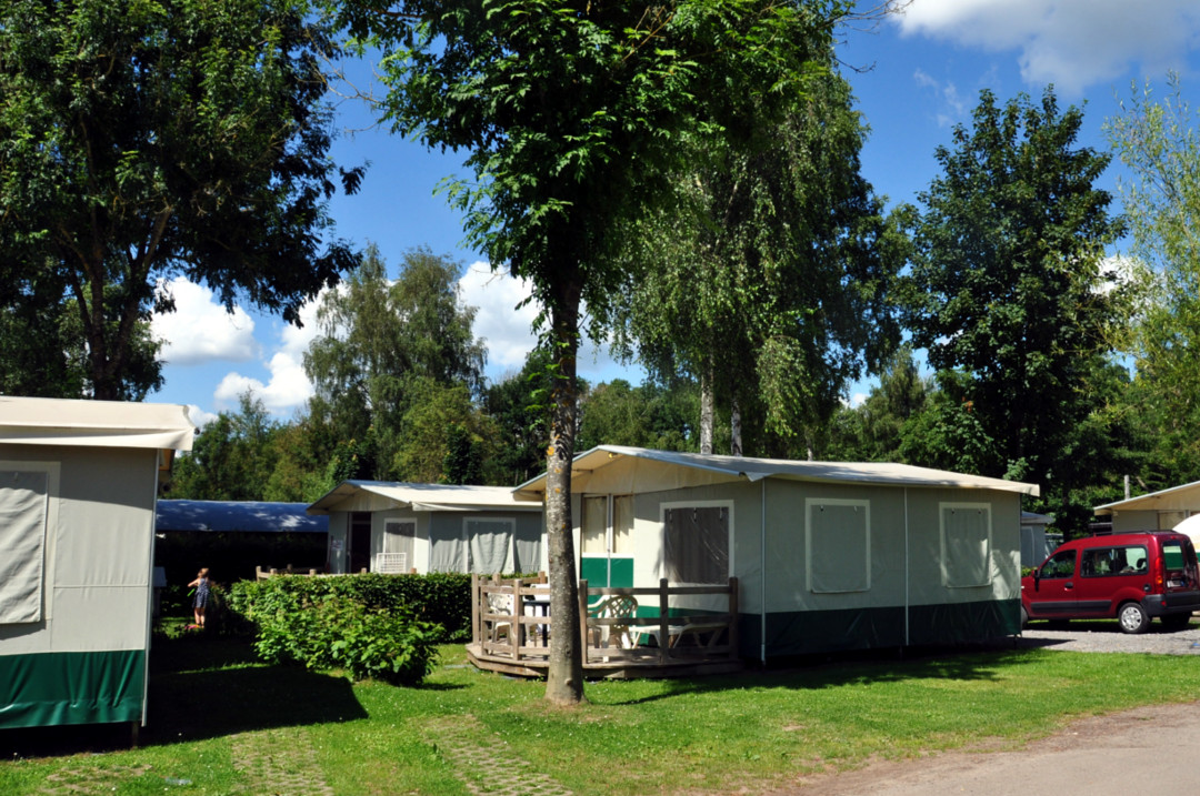 "Location de tentes ""lodge"" - Camping Le Val de l'Aisne"