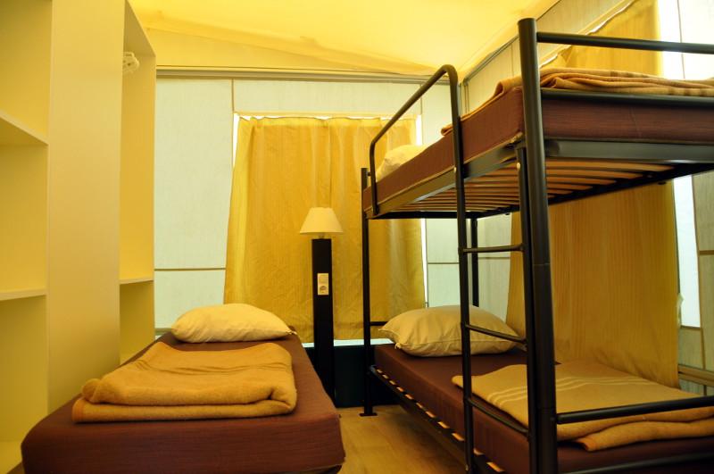 Les tentes lodge camping le val de l 39 aisne for Tente deux chambres