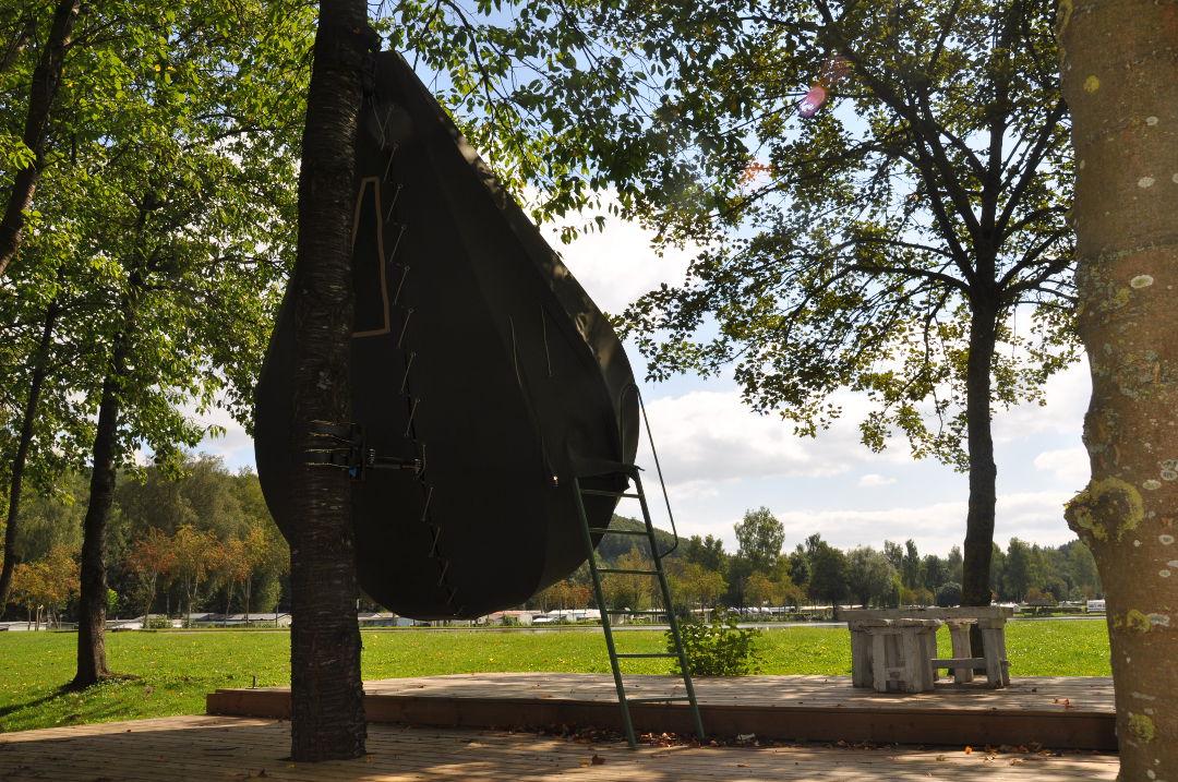 Tente suspendue - Camping Le Val de l'Aisne