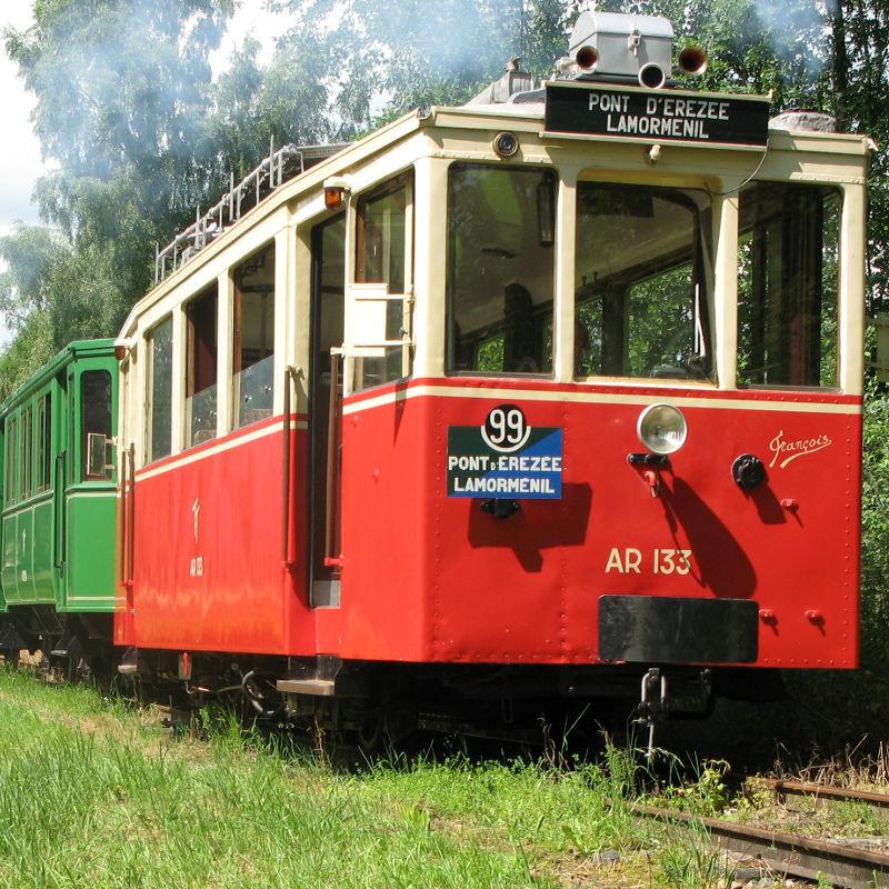 De toeristische tram van de Aisne