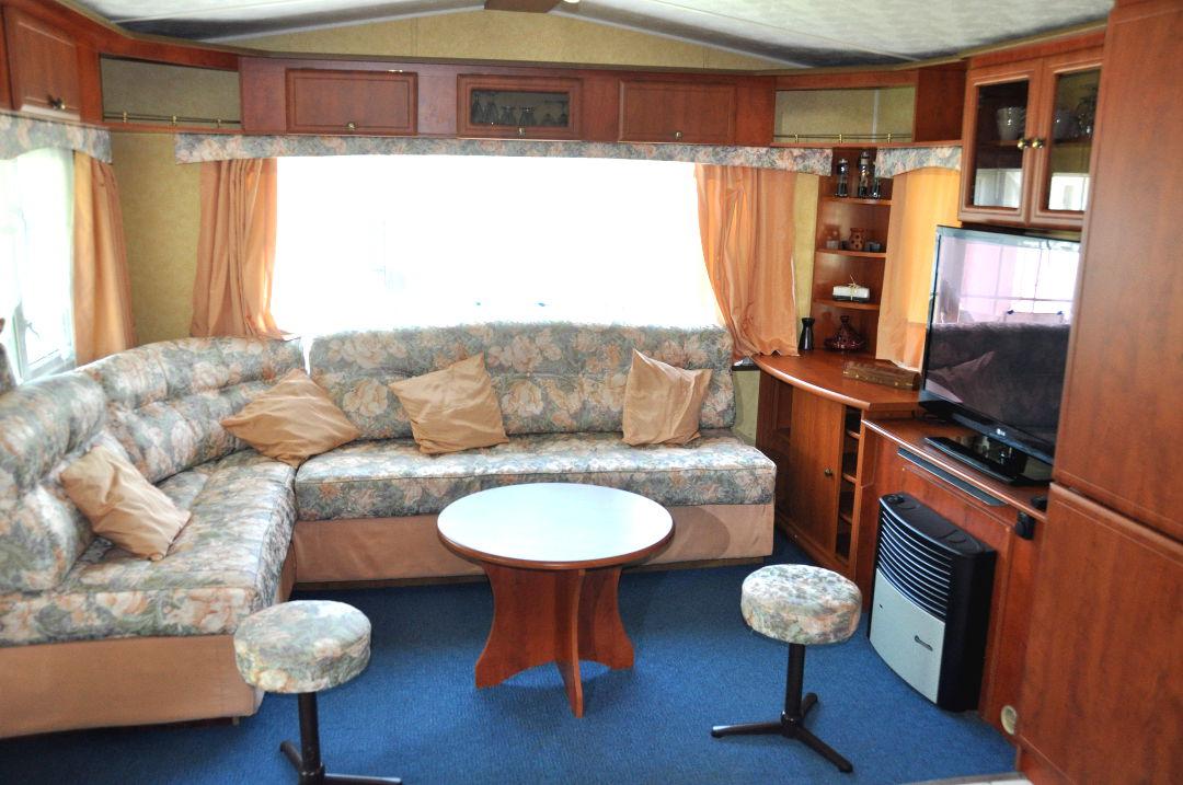 Caravane la royale camping le val de l 39 aisne - Salon de la caravane d occasion ...