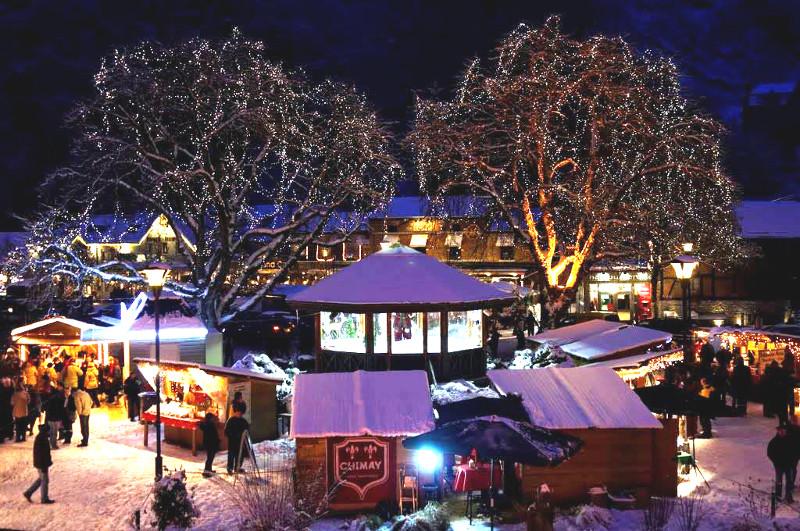 Village, patinoire et marché de Noël de Durbuy