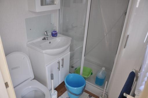 Caravane a vendre salle de douche