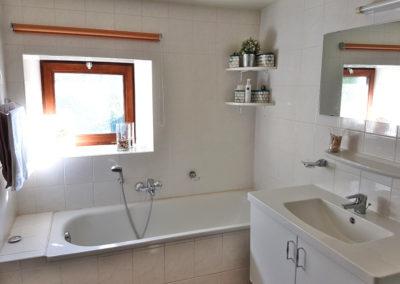 gite-16-personnes-ardenne-salle-de-bain