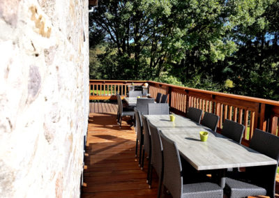 Gîte de charme avec grande terrasse 16 personnes en Ardenne à Erezée