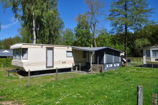 Caravane à vendre avec auvent camping Ardenne belge