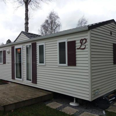 Caravane 3 chambres à vendre sur emplecement de camping en Ardenne belge